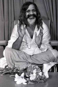 Maharishi Mahesh Yogi_theuncarvedblog.com