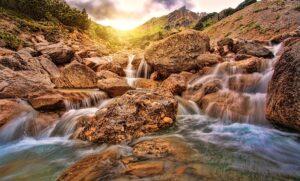 Wasserfall-Bild von jplenio auf pixabay